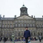旧王宮前の広場にて(アムステルダム市内)